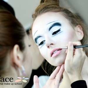 foto-make-up-kurz-liceni-17