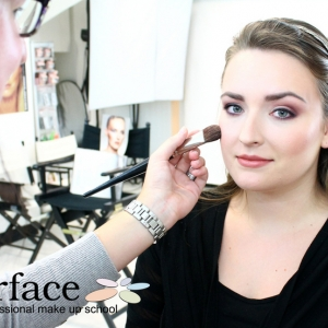 kurz-liceni-vizazistiky-basic-make-up-surfacemakeup-7