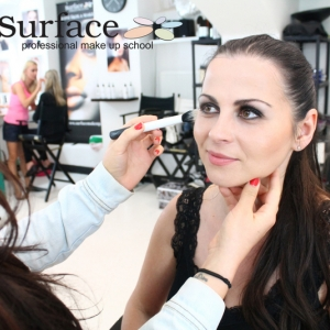 kurz-liceni-vizazistiky-basic-make-up-surfacemakeup-20